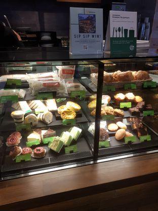 Foto review Starbucks Coffee oleh Jessica capriati 4