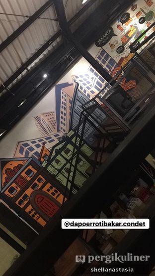 Foto 1 - Interior di Dapoer Roti Bakar oleh Shella Anastasia