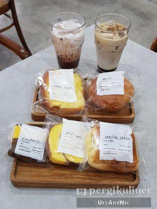Foto 1 - Makanan di Moro Coffee, Bread and Else oleh UrsAndNic