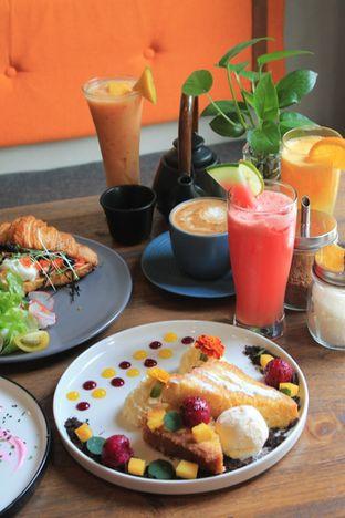 Foto 46 - Makanan di Burns Cafe oleh Prido ZH