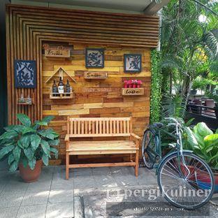 Foto 28 - Eksterior di Taman Santap Rumah Kayu oleh Ruly Wiskul