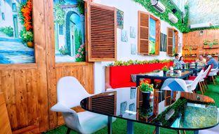 Foto 11 - Interior di Opiopio Cafe oleh Astrid Huang | @biteandbrew