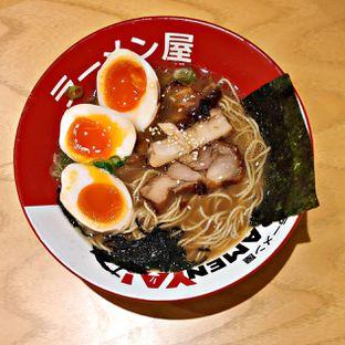 Foto - Makanan(Legendary Chicken Ramen) di RamenYA oleh Nathania Kusuma