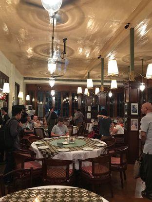 Foto 10 - Interior di Cafe Batavia oleh ig: @andriselly