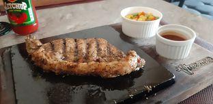 Foto 1 - Makanan di Steakmate oleh Hendra Goseri