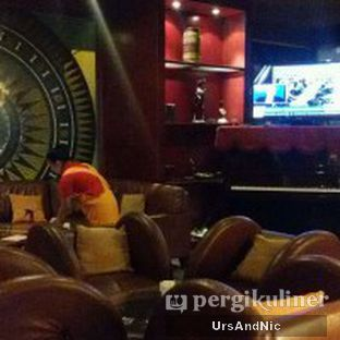 Foto 7 - Interior di Tator Cafe oleh UrsAndNic