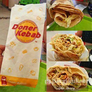 Foto - Makanan(Kebab Mixed Beef n Chicken) di Doner Kebab oleh Genina @geeatdiary