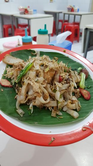 Foto 1 - Makanan(Kwetiaw goreng) di Kwetiau Akang oleh Yvonne Gracia