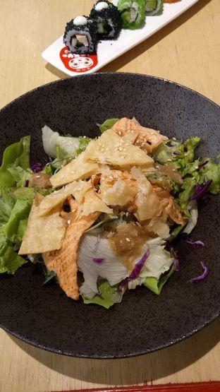 Foto 3 - Makanan(Wasabi Salmon Salad) di Tokyo Belly oleh Ratu Aghnia
