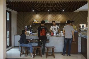Foto 25 - Interior di Three Folks oleh yudistira ishak abrar