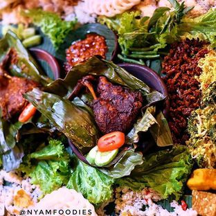 Foto - Makanan di Balcon oleh Theodorre harry Dinata