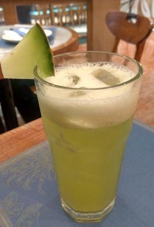 Foto 1 - Makanan(Melon Juice (IDR 25k) ) di Seroeni oleh Renodaneswara @caesarinodswr