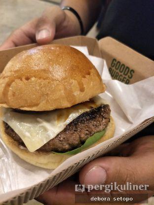 Foto - Makanan di Goods Burger oleh Debora Setopo