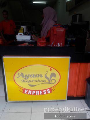 Foto 3 - Interior di Ayam Keprabon Express oleh @foodiaryme   Khey & Farhan
