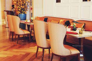 Foto 26 - Interior di Arts Cafe - Raffles Jakarta Hotel oleh Indra Mulia