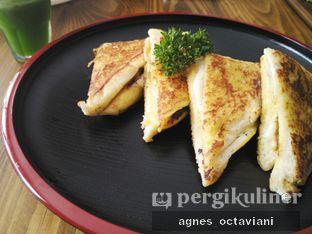 Foto 2 - Makanan(Roti Meler) di WM Cafe oleh Agnes Octaviani