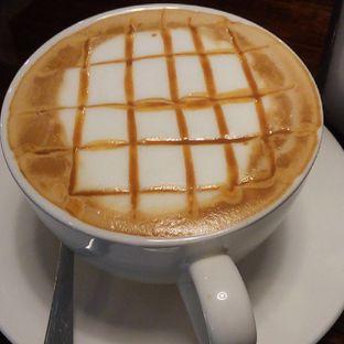Foto 1 - Makanan di Dailydose Coffee & Eatery oleh separuhakulemak