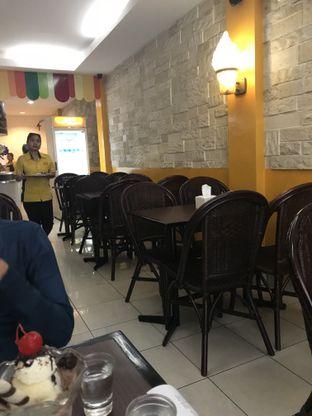 Foto 2 - Interior di La Casa Ice Cream Zangrandi oleh Lian & Reza ||  IG: @melipirjajan