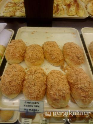 Foto 8 - Makanan di Clover Bakery oleh Tirta Lie