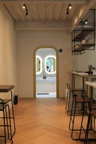 Foto review Living-Room Coffeehouse oleh Prido ZH 18