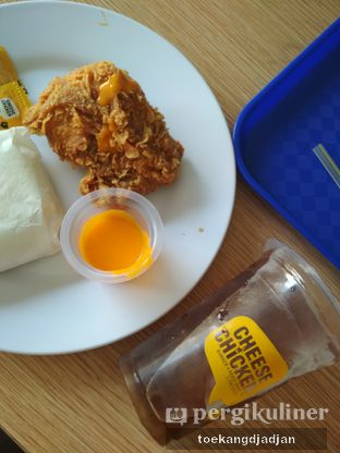 Foto review Cheese Chicken oleh Arifina  | @toekangdjadjan 2