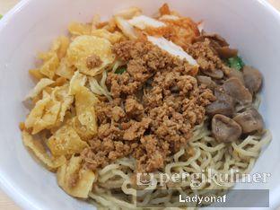 Foto 2 - Makanan di Bakmi Gocit oleh Ladyonaf @placetogoandeat