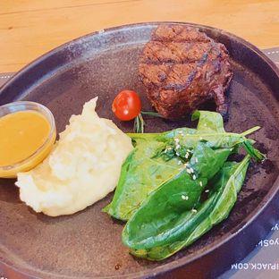Foto 6 - Makanan di Tokyo Skipjack oleh @bondtastebuds
