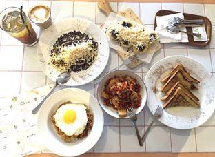Foto 1 - Makanan di Me Time oleh Theodora