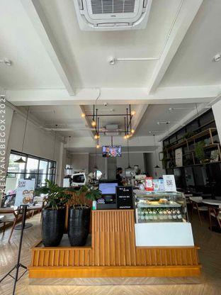 Foto 6 - Interior di Emji Coffee Bar oleh Vionna & Tommy