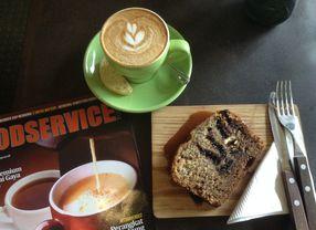 5 Cafe dengan Menu Banana Cake di Jakarta yang Harus Kamu Coba