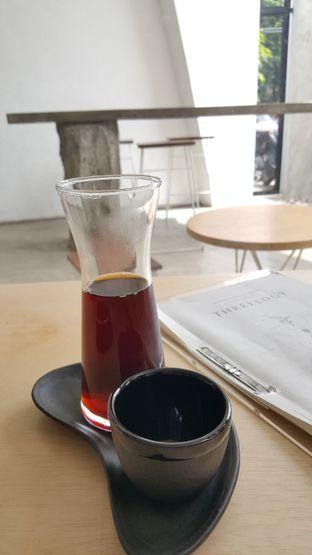 Foto 1 - Makanan(V60) di Threelogy Coffee oleh Tifany F