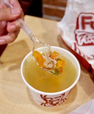 Foto 5 - Makanan di KFC oleh yudistira ishak abrar
