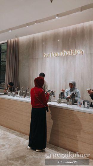 Foto 6 - Interior di Harlan + Holden Because Coffee oleh Sienna Paramitha