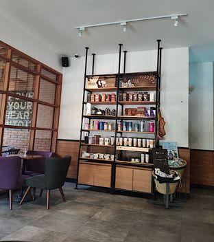 Foto 4 - Interior di Starbucks Coffee oleh inggie @makandll