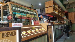 Foto 8 - Interior di NamNam Noodle Bar oleh Naomi Suryabudhi