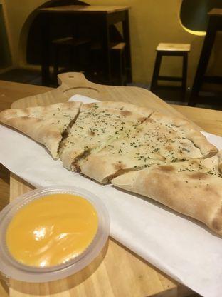 Foto 19 - Makanan di Monster Cheese Pizza oleh Prido ZH