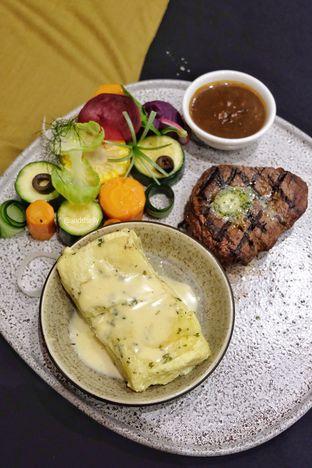 Foto 4 - Makanan di Cutt & Grill oleh ig: @andriselly