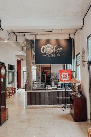 Foto 9 - Interior di Coffee Tea'se Me oleh Indra Mulia