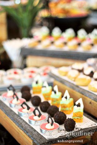 Foto 7 - Makanan di Canting Restaurant - Teraskita Hotel managed by Dafam oleh kobangnyemil .