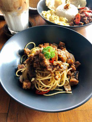 Foto 4 - Makanan di Kolonial Bistro & Roastery oleh kdsct