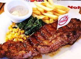 9 Tempat Makan di SUTOS Surabaya Paling Tersohor
