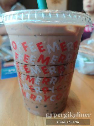 Foto - Makanan di Starbucks Coffee oleh Rinia Ranada