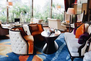Foto 50 - Interior di The Writers Bar - Raffles Jakarta Hotel oleh Indra Mulia