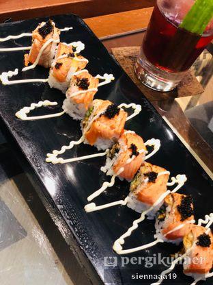Foto 5 - Makanan(salmon blaze) di Zenbu oleh Sienna Paramitha
