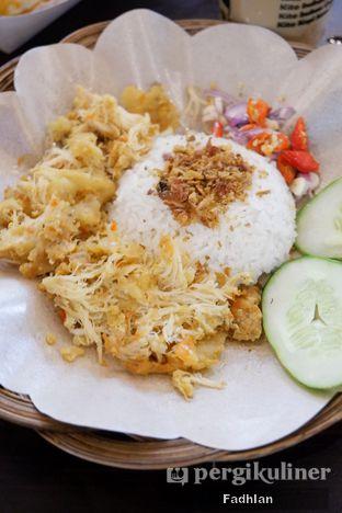 Foto 1 - Makanan di Ayam Geprek Emak oleh Muhammad Fadhlan (@jktfoodseeker)