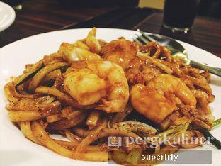 Foto 5 - Makanan(spicy seafood udon) di Asian King oleh @supeririy