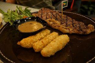 Foto 2 - Makanan(US Sirloin Steak) di Skyline oleh Fadhlur Rohman