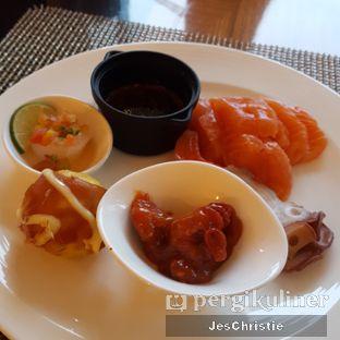 Foto 2 - Makanan di The Cafe - Hotel Mulia oleh JC Wen