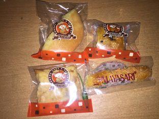 Foto review Mayasari Bakery oleh @kulineran_aja  1