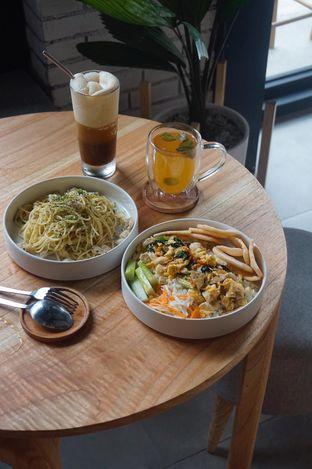 Foto 7 - Makanan di Bukan Ruang oleh yudistira ishak abrar
